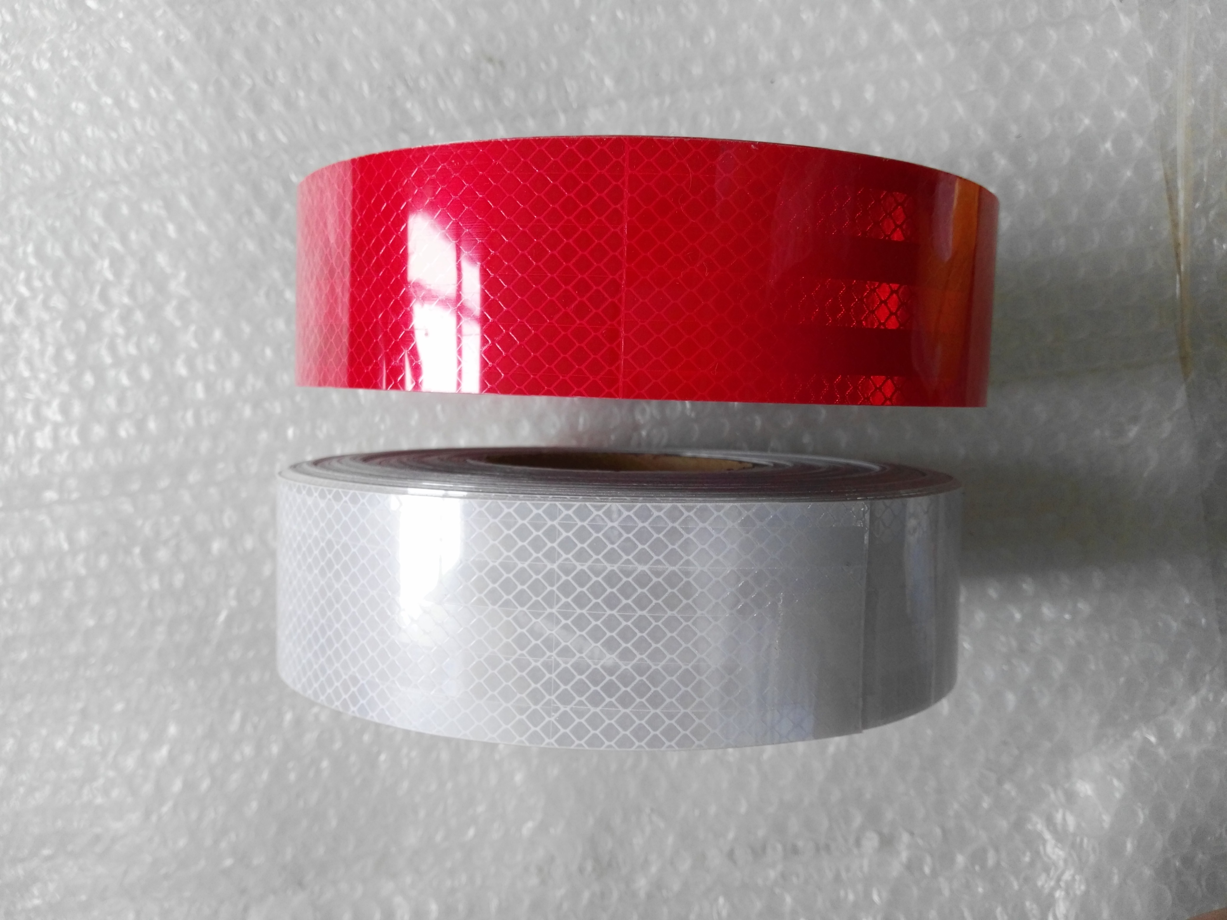 HC-O-3012 REFLECTIVE TAPE FOR BUS